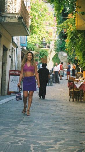Carina Grabois, argentina en Londres de vacaciones en Creta