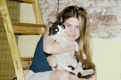 Silvia con mi hermoso bebe Berlin en Argentina. Espero reunirme con el pronto, las leyes britanicas no ayudan...
